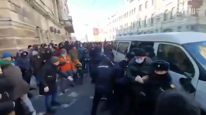 Детский омбудсмен Кузнецова осудила вовлечение детей в беспорядки