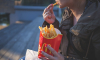 За два месяца почти 100 американцев отравились в McDonald