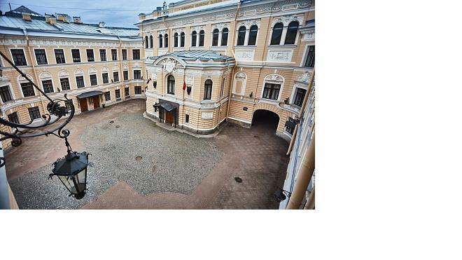 """Фестиваль паблик-арта """"Дворы Капеллы"""""""