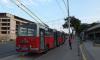 На проспекте Ветеранов троллейбус столкнулся с иномаркой и маршруткой, есть пострадавшие