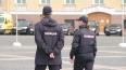 Полиция Петербурга спасла мужчину, который голым упал на...