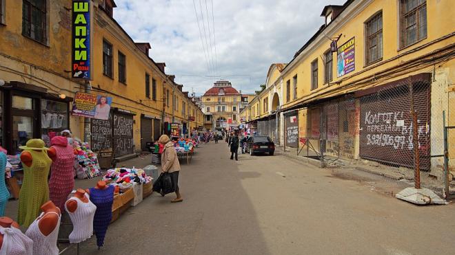 Арбитражный апелляционный суд отменил передачу зданий Апраксина двора Смольному