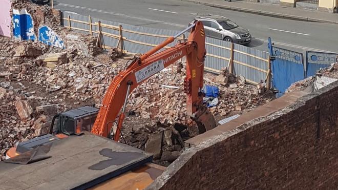 Застройщик опроверг снос здания на проспекте Бакунина