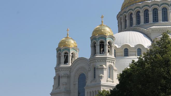 Первый автомобильный крестный ход проведут в Петербурге в среду