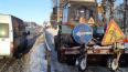 В выходные трассы Ленобласти очищали от снега около ...