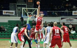 Питерский Спартак в первом четвертьфинале обыграл Урал