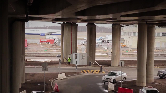 Задержанный в Симферополе самолет с детьми из Петербурга прибыл в Пулково