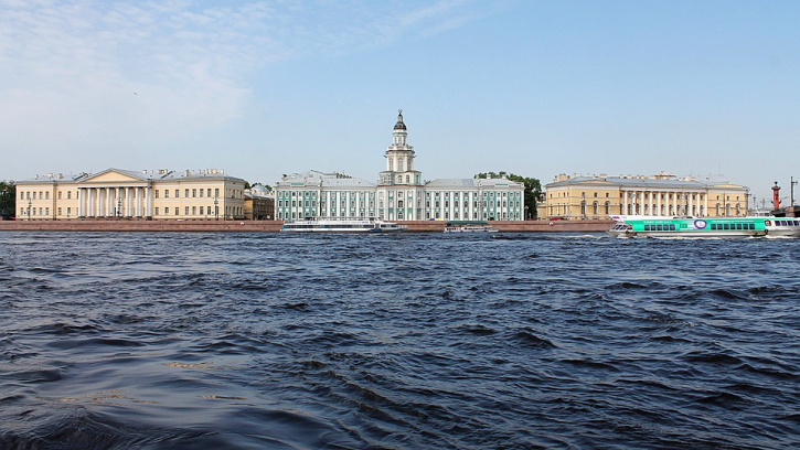 Смольный выделил 223 миллиона на очистку рек и озер в 2019 году