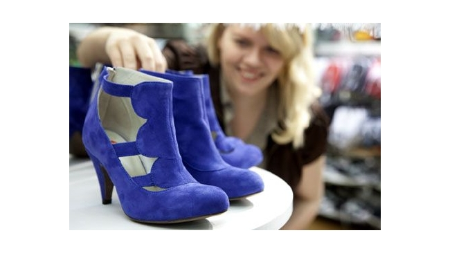 Ozon купил он-лайн магазин обуви Sapato