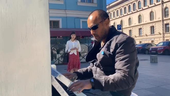 Депутаты ЗакСа Петербурга одобрили в первом чтении законопроект о легализации уличных музыкантов