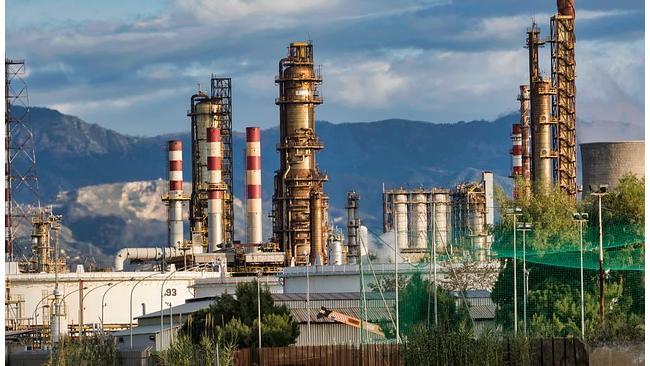 Правительство увеличит доплаты нефтекомпаниям за сдерживание цен на топливо