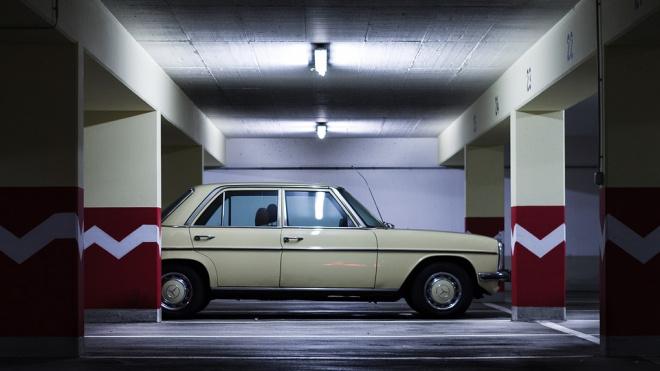 В Купчино обнаружили незаконную автостоянку