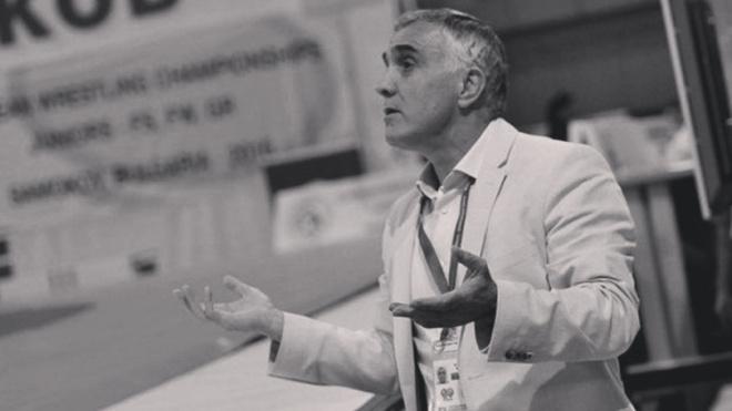 Главный тренер сборной России по женской борьбе умер от коронавируса