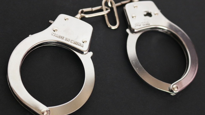 ФСБ задержала замначальника ФССП Ленобласти из-за подозрений во взятке