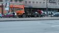 ВоФрунзенскомрайоне грузовик врезалсяв ограждение