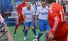 На Невском проспекте чиновники из Смольного сыграли в футбол с болельщиками