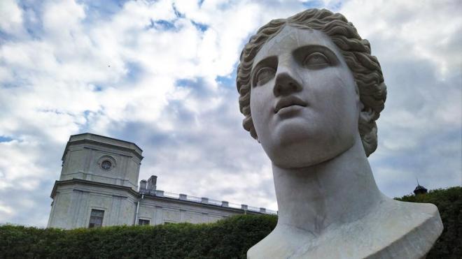 Богиня Гера вернулась в Гатчинский парк после реставрации