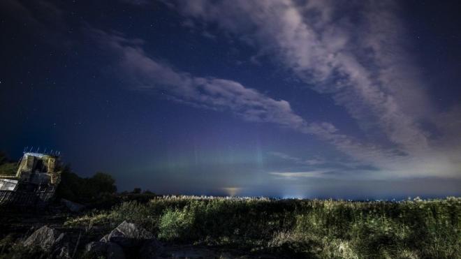Петербуржцы в социальных сетях поделились фотографиями северного сияния
