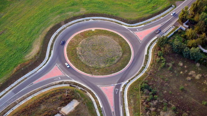 МВД изменят ПДД на круговых перекрестках