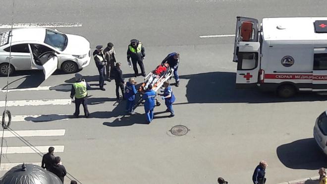 Жесть на Московском проспекте: сразу двух человек сбили на пешеходном переходе