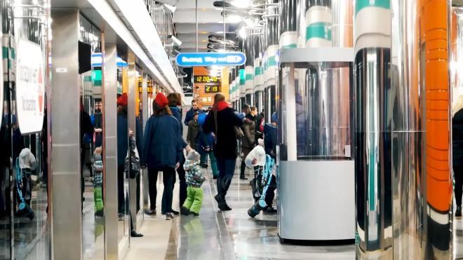 """На """"зеленой ветке"""" метро поезда вновь ходят в штатном режиме"""