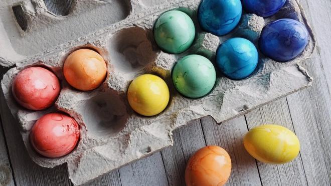 Цены на яйца в России начали снижаться накануне Пасхи