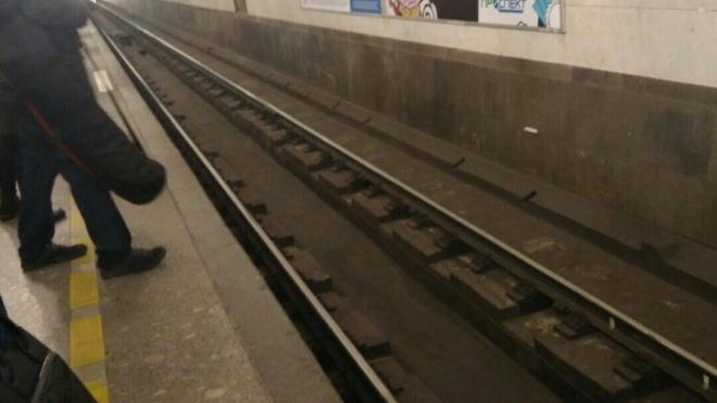 """Пенсионерка упала на рельсы на станции """"Технологический институт-2"""""""
