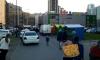 Жители Кудрово жалуются на незаконный рынок, возникший под окнами