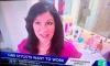 Журналистка вышла в эфир из ванной и засняла голого мужа