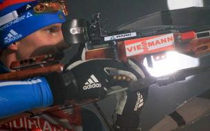 Евгений Устюгов завоевал бронзу в спринте Кубка мира по биатлону в Оберхофе