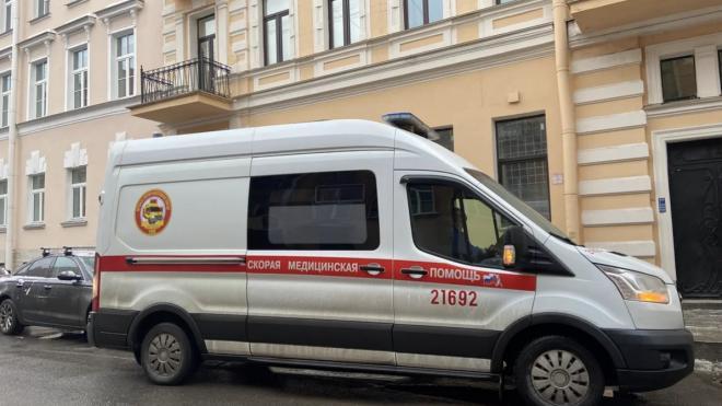 После драки в баре на Заслонова петербуржец попал в больницу с разбитой головой