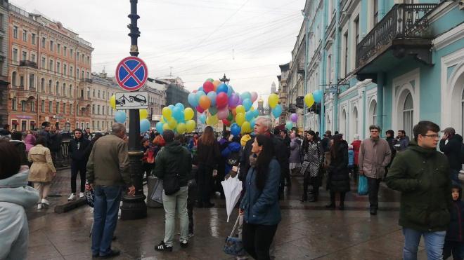 На Грибоедова задержали трех участников Марша мира. У одного забрали ключи от квартиры и телефон