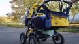 В Петербурге автомобиль сбил коляску с ребенком