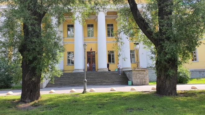 Пенсионерка в Петербурге провела 12 часов в приемном покое