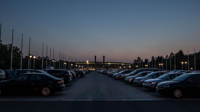 В Петербурге появятся более 13 тысяч новых платных парковочных мест
