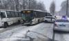 ВПетродворцовом районе легковушка протаранила автобус: есть пострадавшие
