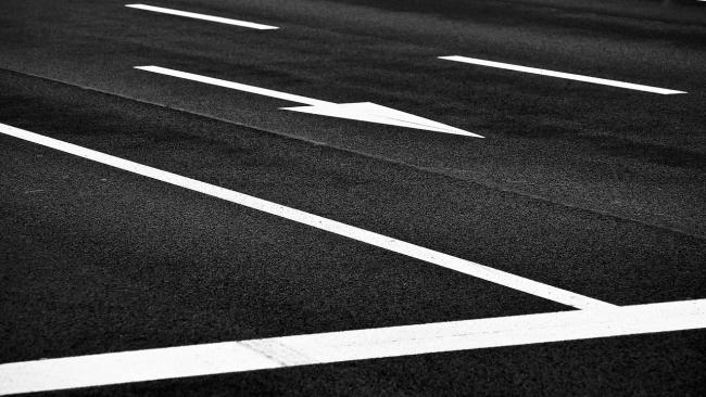 Обновление дорожной разметки на улицах Петербурга начнется в мае