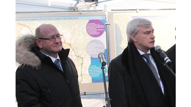 Губернатор Петербурга ввел в строй вторую очередь Парашютной улицы