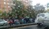 На Дачном полиция собрала пробку из-за задержания угонщиков