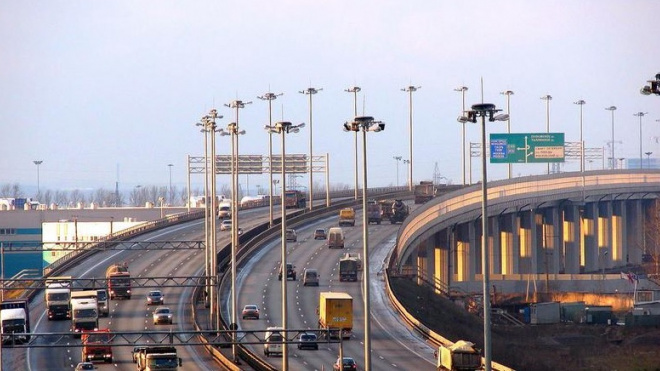 На развязке КАД с Дачным проспектом и ЗСД перекроют три съезда