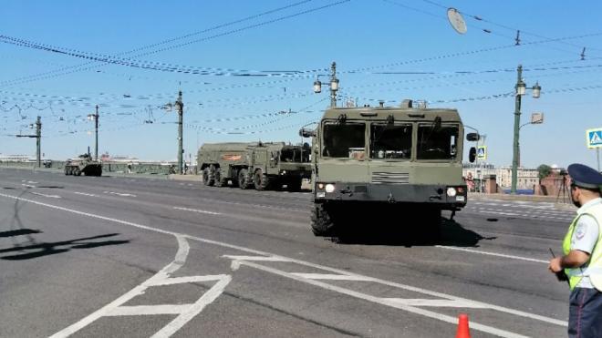 В Петербурге перекрыли улицы для проведения Парада Победы