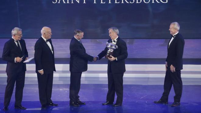 В Северной столице наградили чемпионов по автомобильному спорту