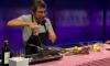 Британский журналист расчленил и съел несчастную белочку в эфире шоу на BBC