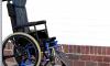 Петербурженка похитила из поликлиники кресло-коляску