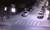 На Васильевском острове неизвестные станцевали на крыше припаркованной иномарки