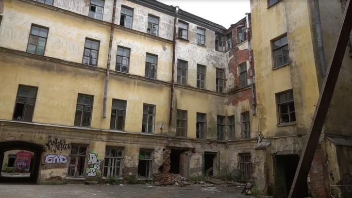 В Петербурге упростят процедуру сноса никому не нужных зданий