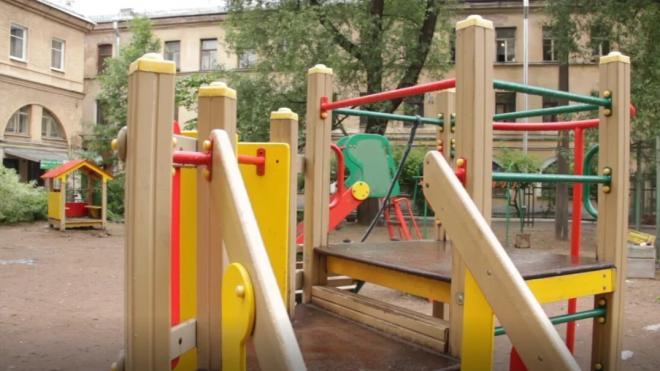 В детских лагерях Петербурга организуют весенние и летние смены