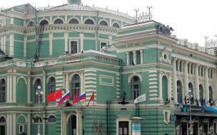 Мариинский театр перенес представления из-за вспышки коронавируса
