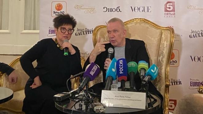 Жан-Поль Готье представил в Петербурге авторское шоу высокой моды