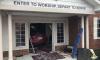 В США 92-летняя женщина въехала в церковь на машине во время службы
